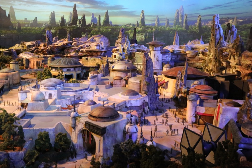 Star-Wars-Land-020