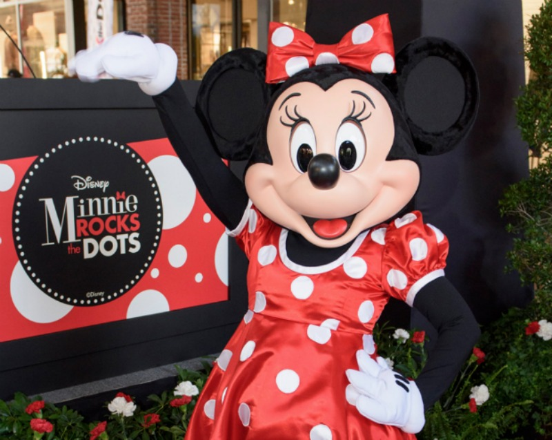 Minnie Rock the Dots800
