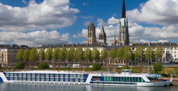 Seine River Cruise Ship