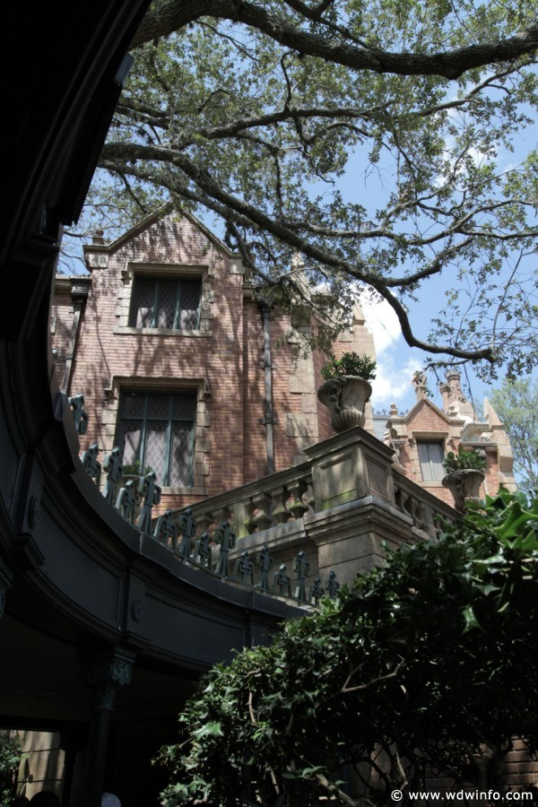 Haunted-Mansion-006