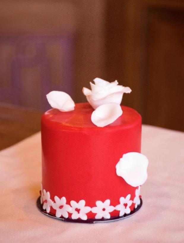 Valentine Petite Cake