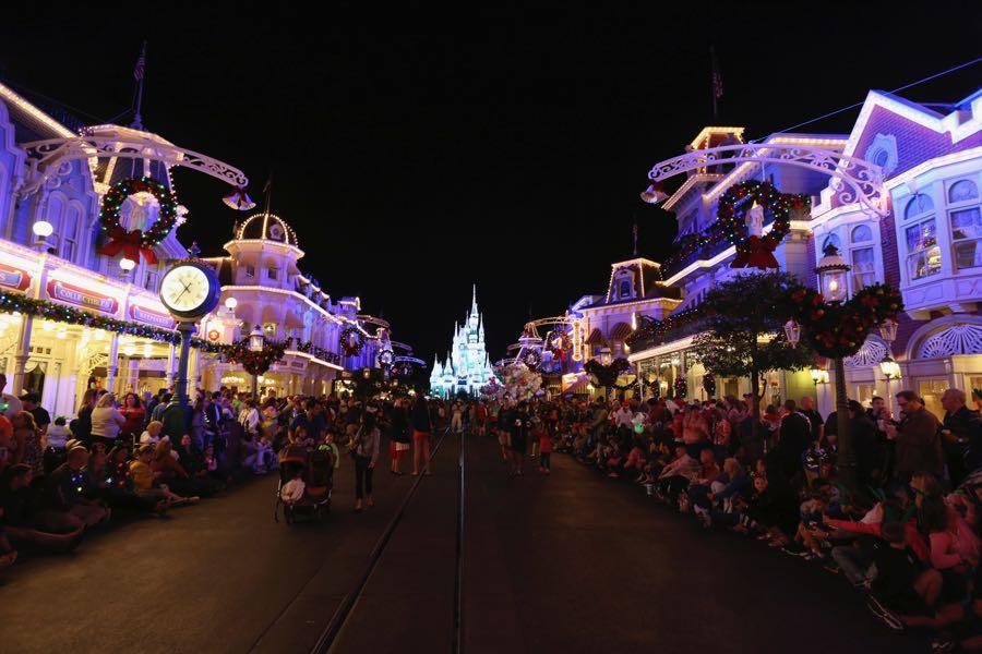 mickeys-very-merry-christmas-party-2016-088