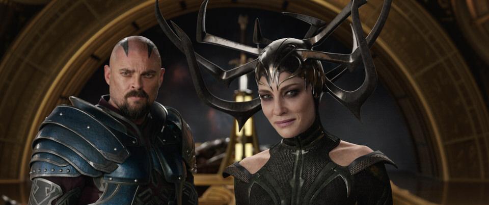 Marvel Studios' THOR: RAGNAROK..L to R: Skurge (Karl Urban) and Hela (Cate Blanchett)..Ph: Film Frame..©Marvel Studios 2017