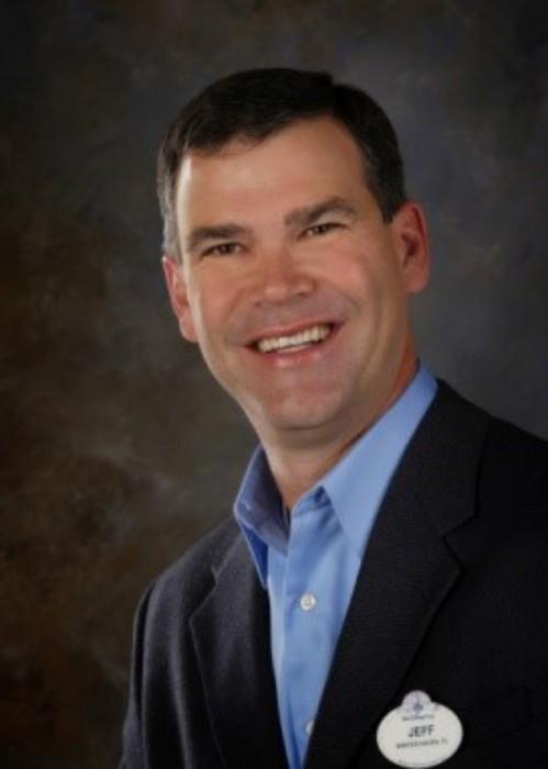 2017-Jeff-Vahle-Executive-Photo