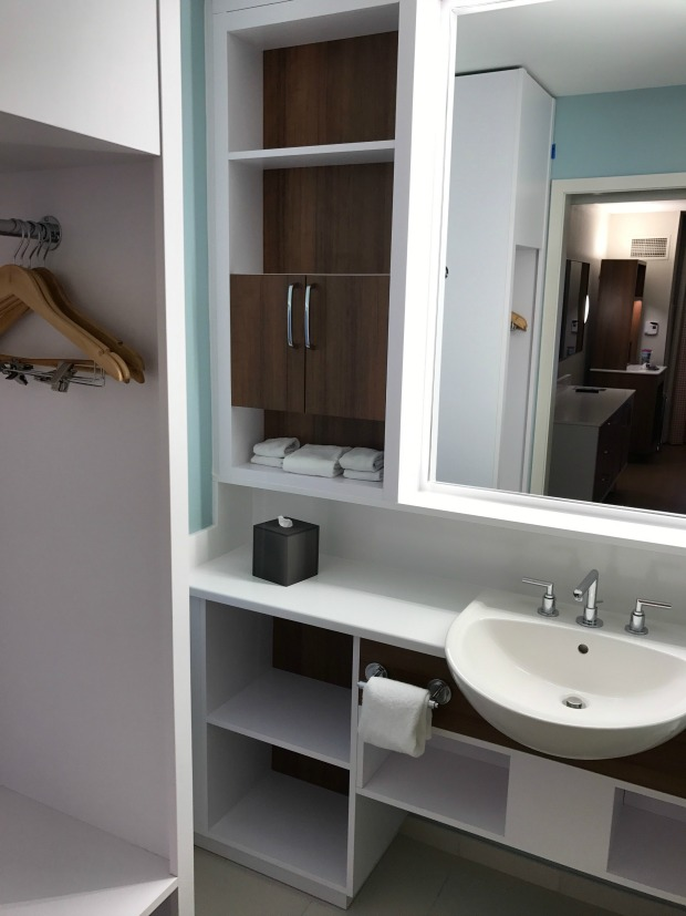 DISPop-Century-Bathroom-Storage