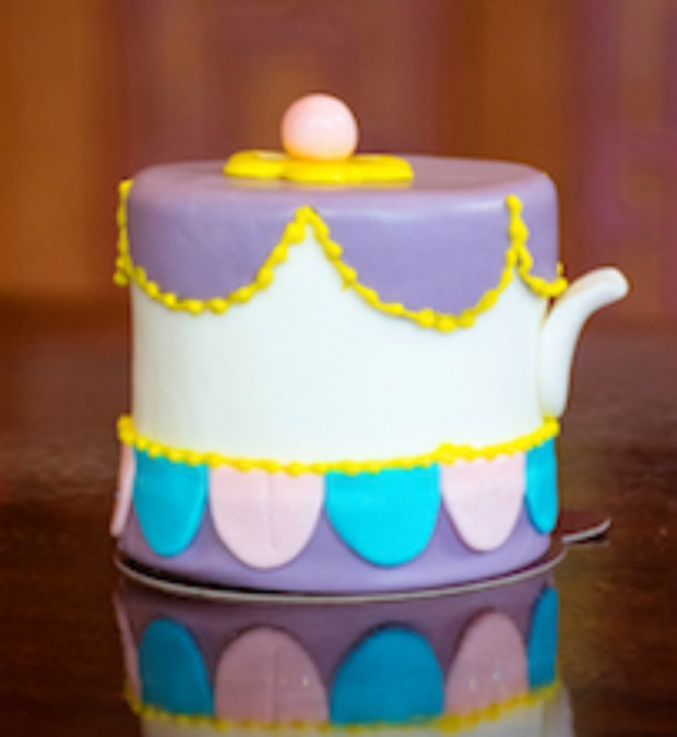 Mrs Potts Cake