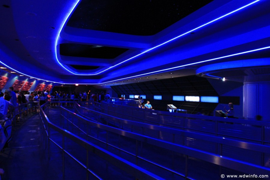 Space-Mountain-15