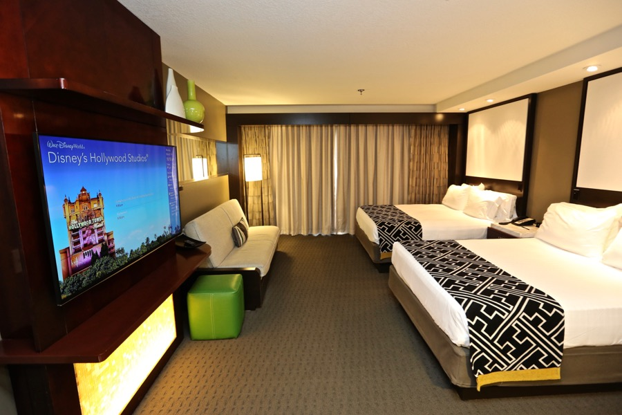 contemporary-resort-tower-room-19