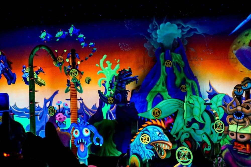 Buzz Lightyear's Space Ranger Spin - Magic Kingdom Tomorrowland