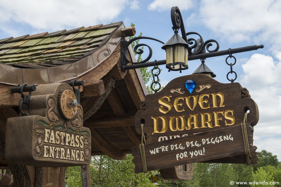 Seven-Dwarfs-Mine-Train-020