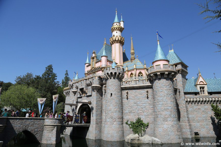 Sleeping-Beauty-Castle-017 (1)