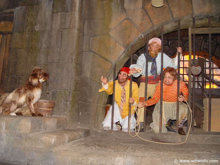 Pirates_of_Caribbean_Ride_32