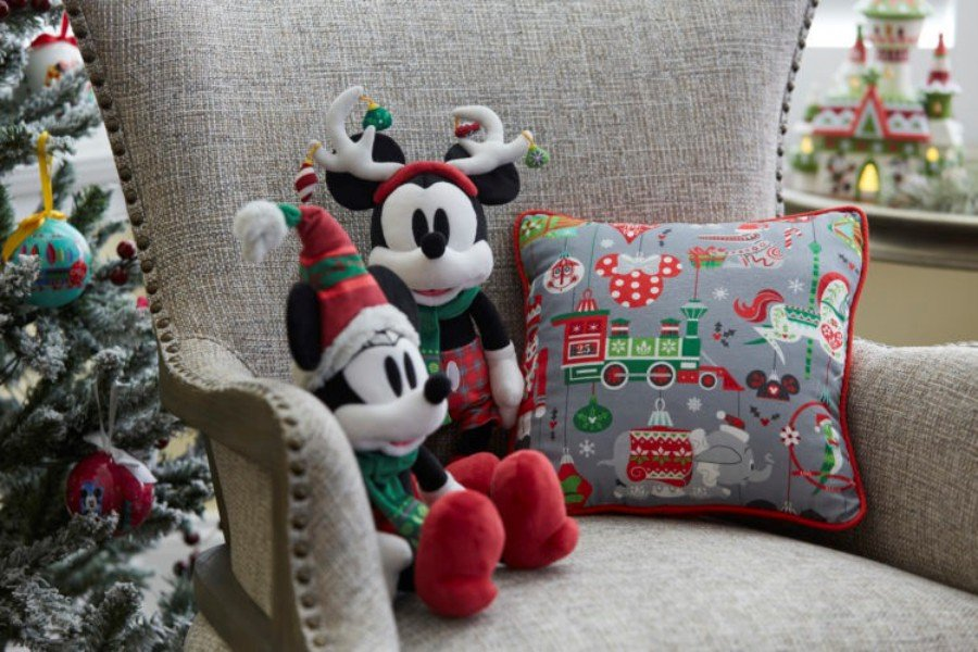 Disneyland Resort Shares Some Holiday Shopping Ideas