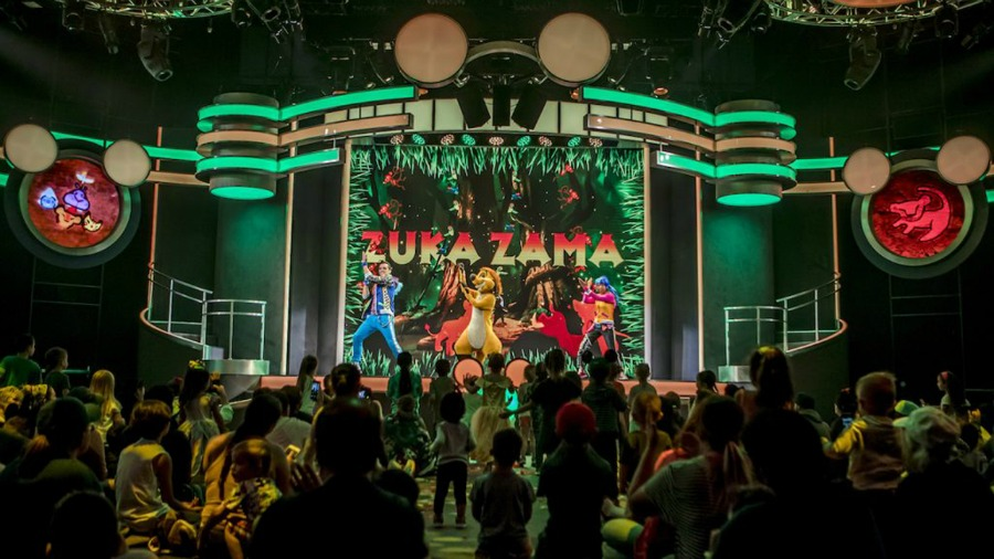 disney-junior-dance-party-stage