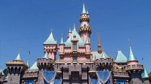 5 Attractions Disneyland Does Better Than Walt Disney World