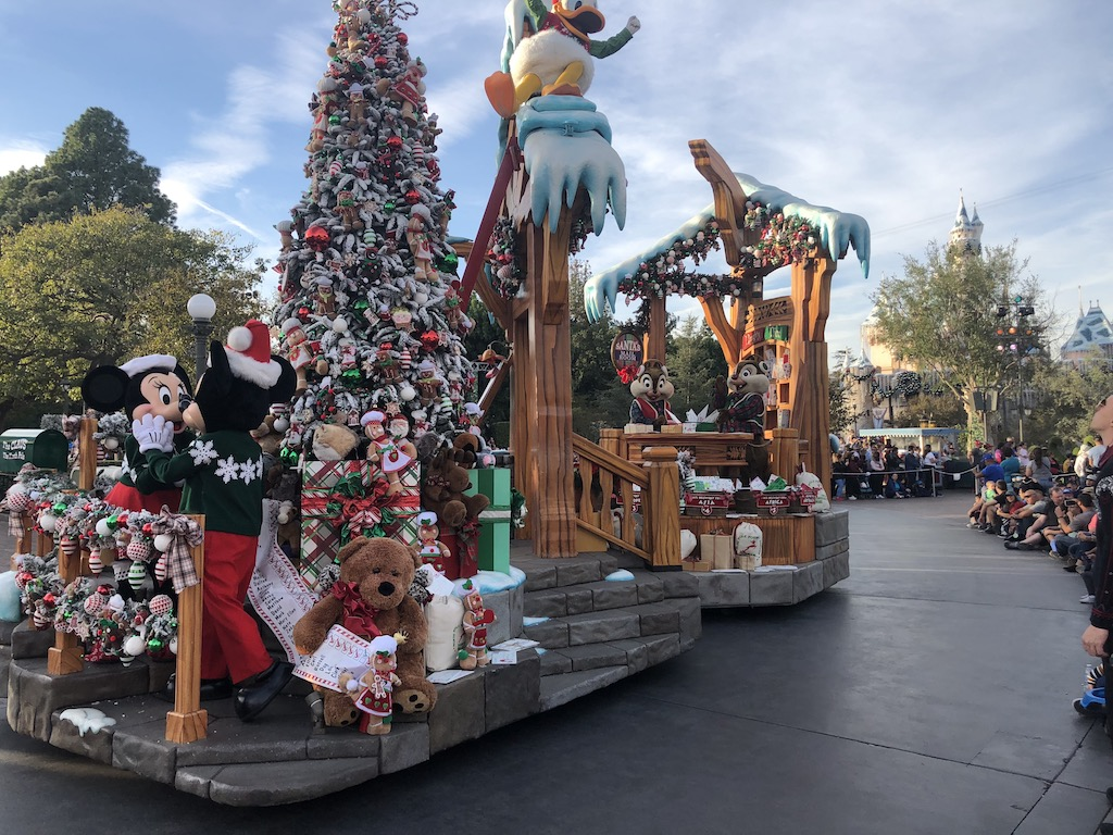 Lets dash our way over to Disneyland Park and talk about their entertainment. Happening two times a day is A Christmas Fantasy Parade, where guests will ...