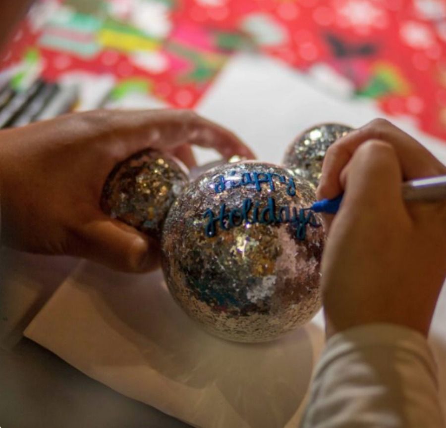 happy-holidays-personalized-ornament