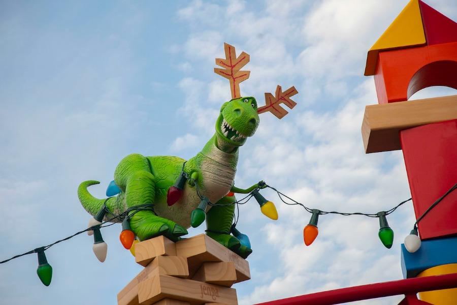 rex-reindeer-ears-tsl-holidays