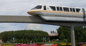 Cell Phone Video Shows Doors Not Opening for Guests on Walt Disney World Monorail