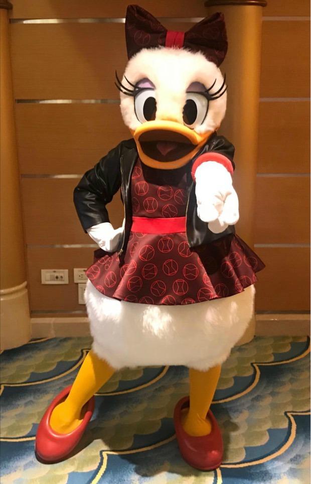marvel-daisy-duck