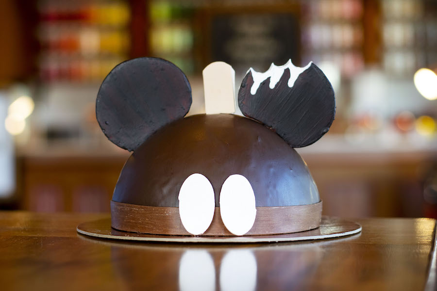 amorettes-mickey-bar-dome-cake