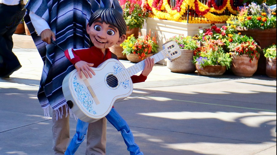 fa97212098f New Disney Pixar 'Coco'-Inspired Show Coming to Mexico Pavilion at Epcot