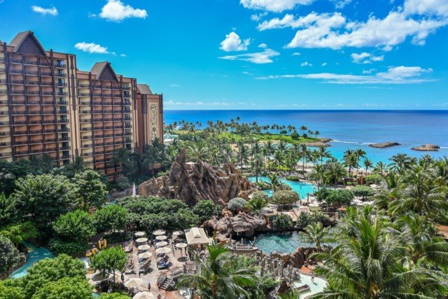 Aulani-Resort-016