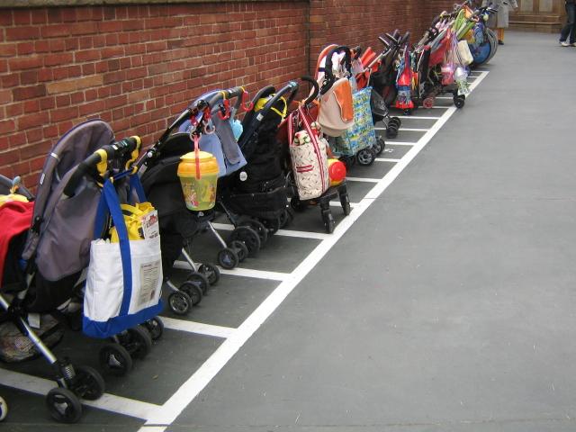 Strollers_Disney