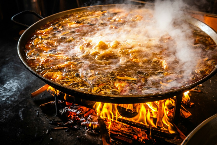 Wood-fired paella