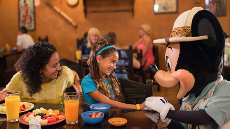 uk-free-disney-dining-plan