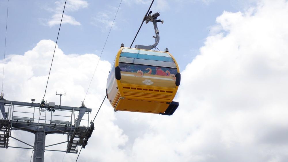 disney-skyliner-gondola-finding-dory