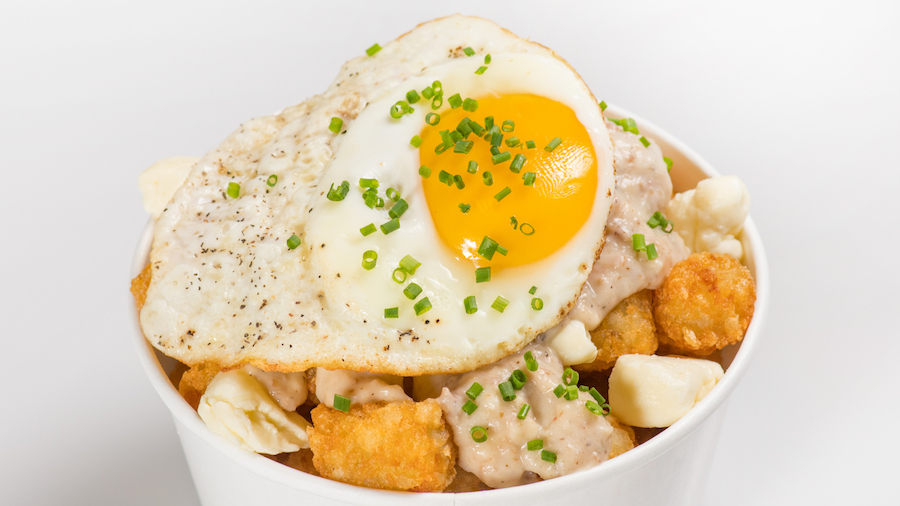 Poutine_Breakfast_with_Tots