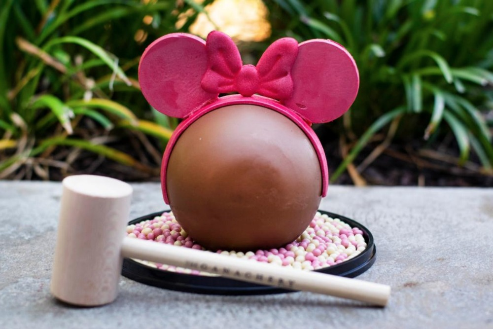 imagination-pink-chocolate-pinata