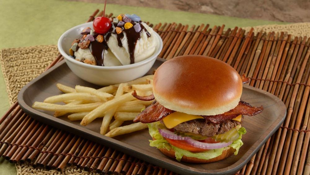 restaurantosaurus-burgers-sundaes-01