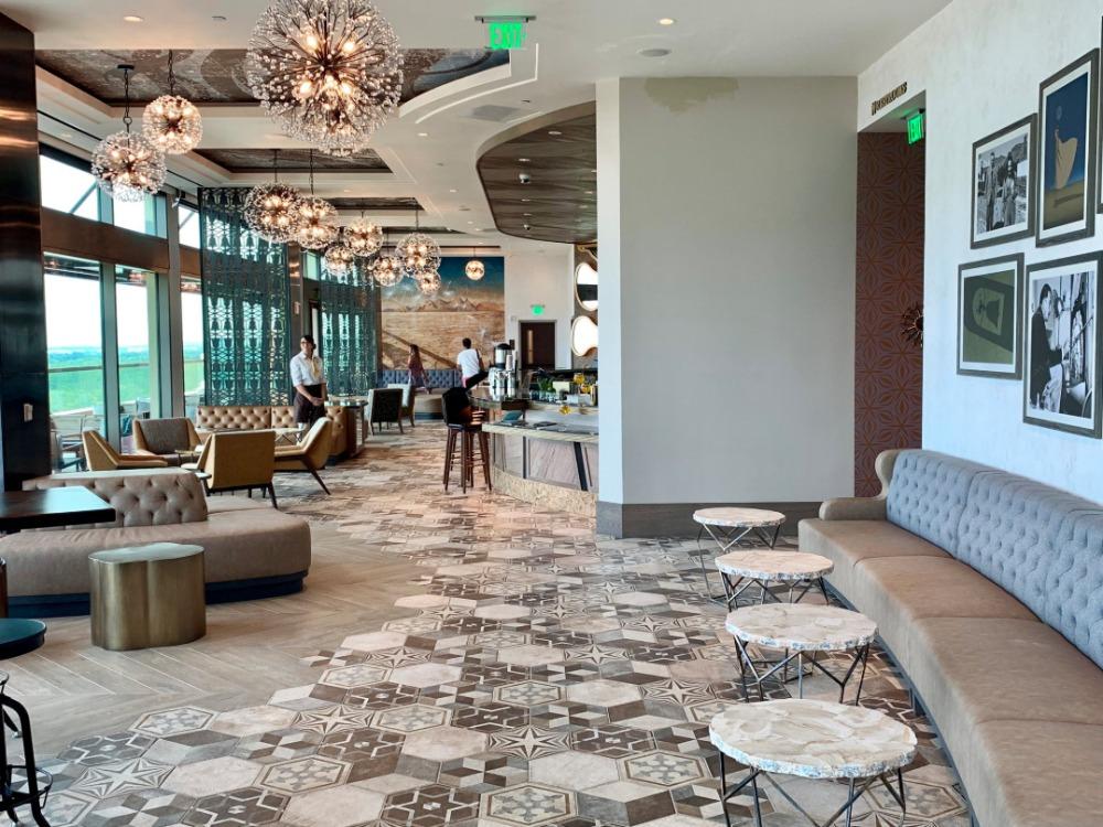 dahlia-lounge-interior