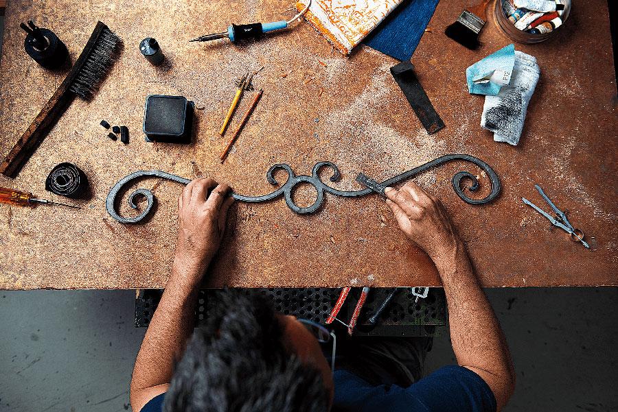 crafting-disney-riviera-resort-03