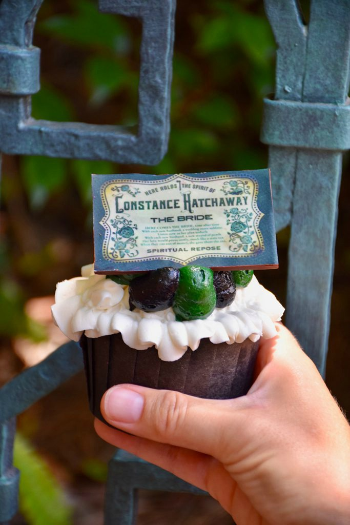 haunted-mansion-50-wdw-treats-01