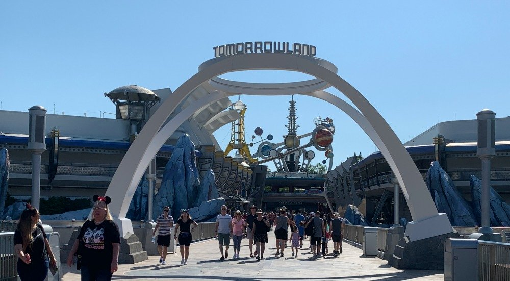 new-tomorrowland-sign-full-front