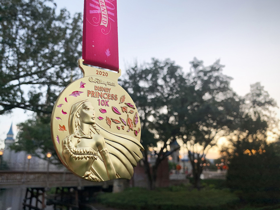 run-disney-princess-10k-2020-medal