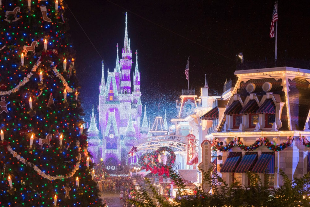 Disney Christmas Drink 2020 Mickey's Very Merry Christmas Party 2020, Christmas at Disney World