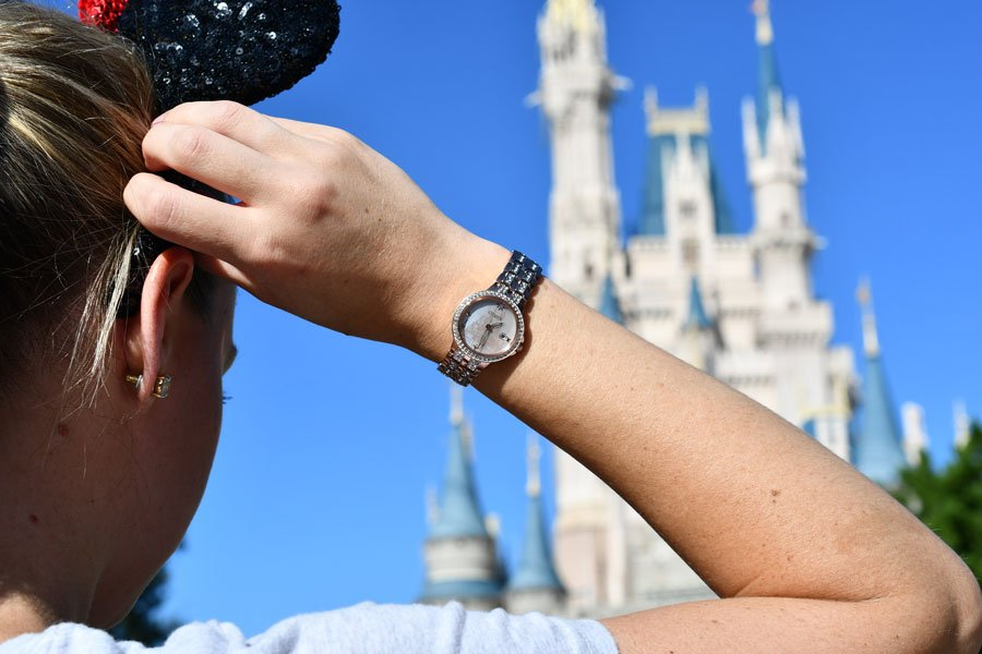 disney-park-exclusive-citizen-watch-03