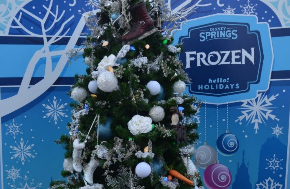 disney-springs-christmas-tree-trail-frozen
