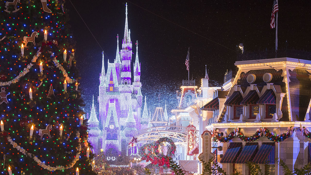 "ABC officially kicks off the holidays with ""The Wonderful World of Disney: Magical Holiday Celebration,"" Thursday, Nov. 28 (8-10 p.m. EST.) on ABC; followed by ""Disney Channel Holiday Party at Walt Disney World"" premiering Friday, Dec. 13 (8-8:30 p.m. EST) on Disney Channel and in the DisneyNOW app. Then, the ""Disney Parks Magical Christmas Day Parade"" airs Christmas morning, Wednesday, Dec. 25 (10:00 a.m.–12:00 p.m. EST, 9:00-11:00 a.m. CST/MST/PST); airtimes vary, check listings, on ABC and on the ABC app. (Disney Parks/ABC)"
