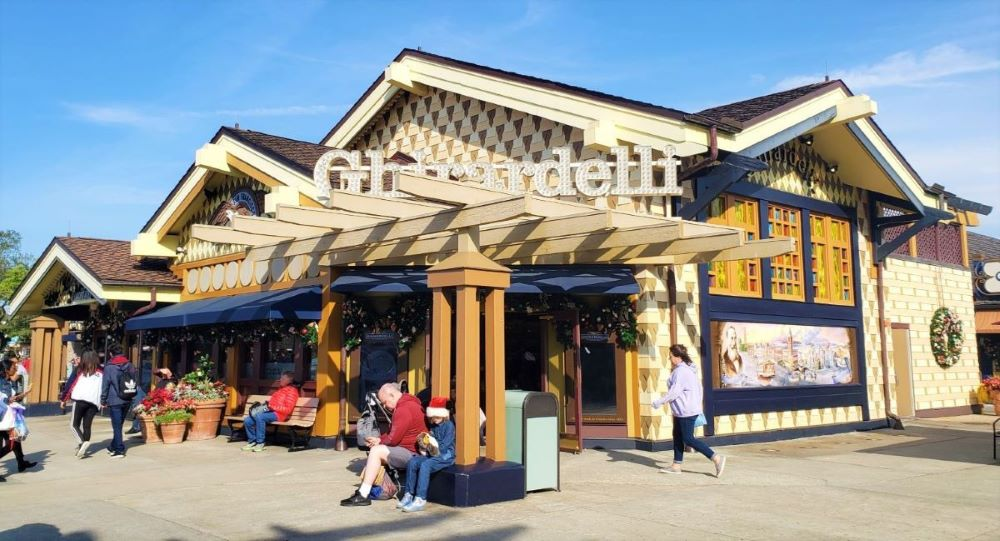 Ghirardelli outside (2) - Copy