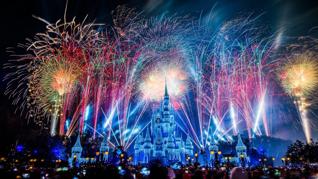 WDW to Stream New Year's Eve Fireworks from Magic Kingdom