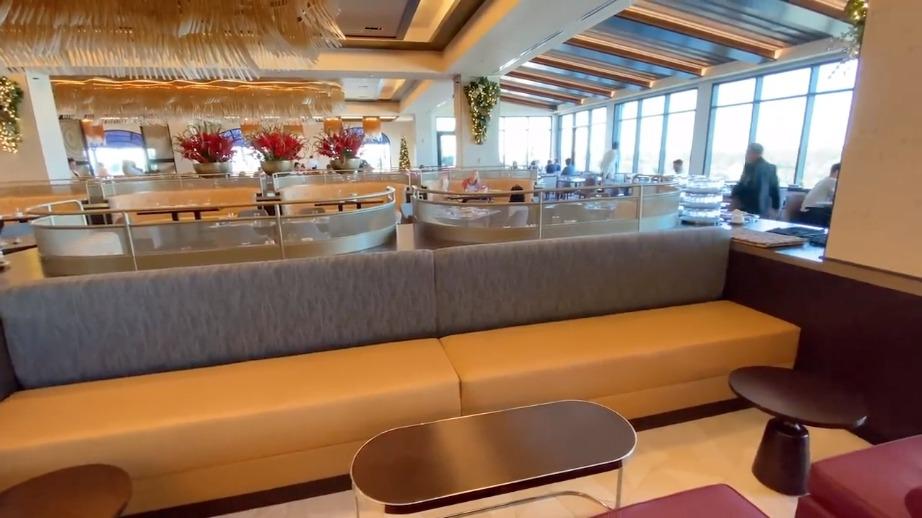 topolinos-dining-room