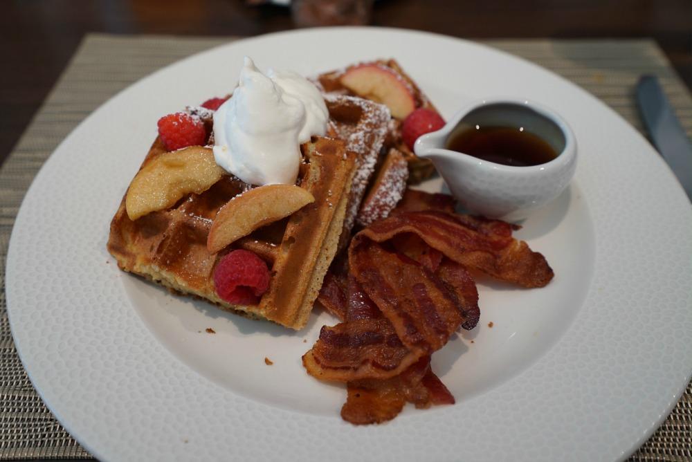 topolinos-sour-cream-waffles
