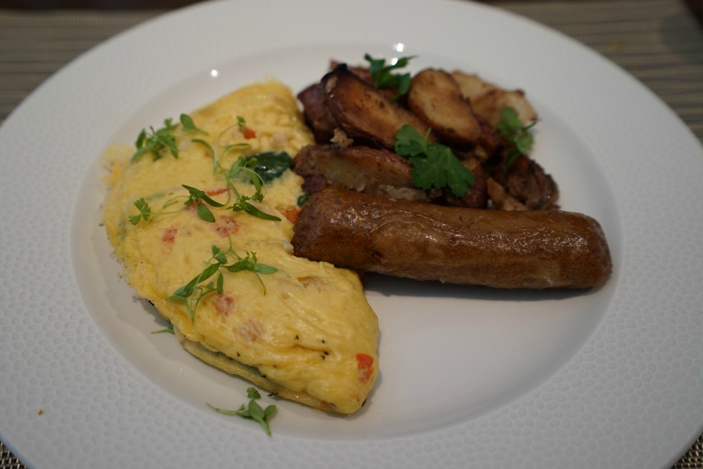 topolinos-two-eggs-plant-based-sausage