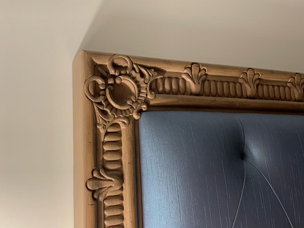riviera-one-bedroom-headboard-detail