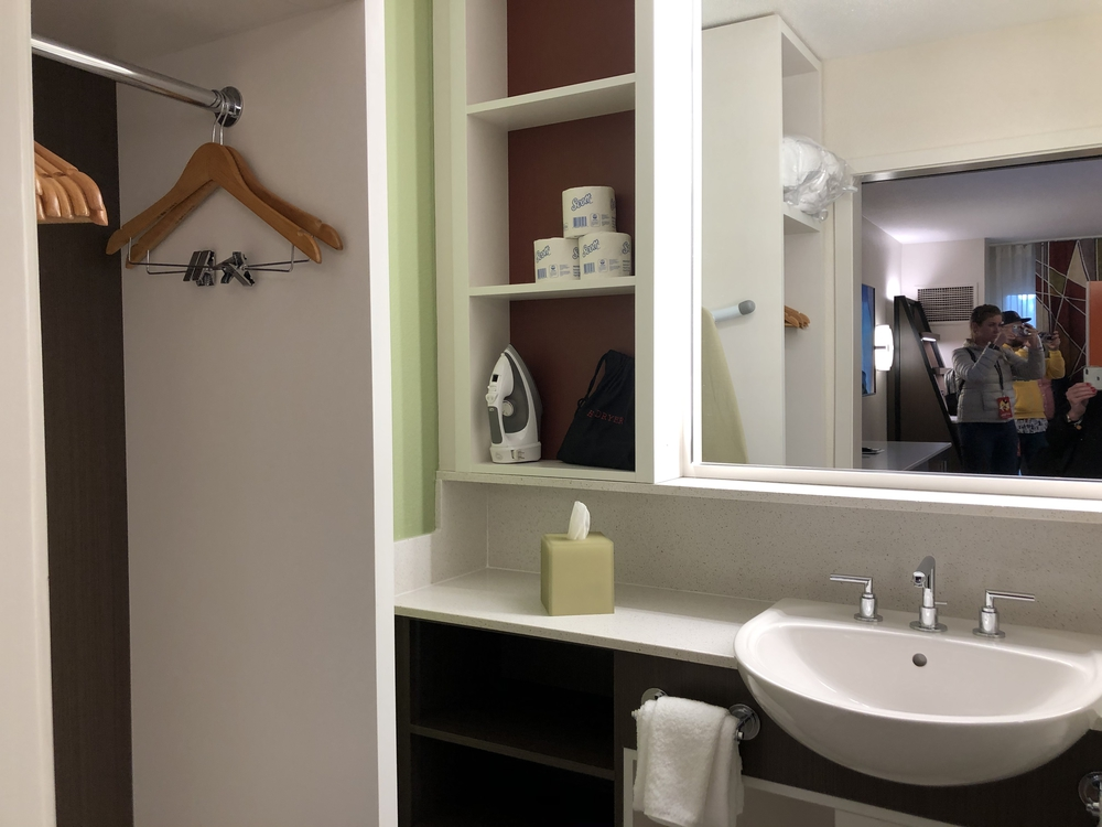 All Star Movies Resort Refurbished Family Suite Bathroom 2